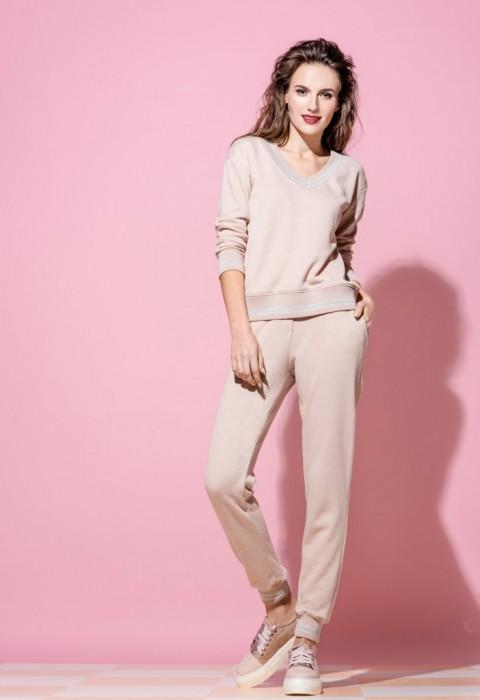 Женская одежда Emi в Москве - купить в интернет магазине